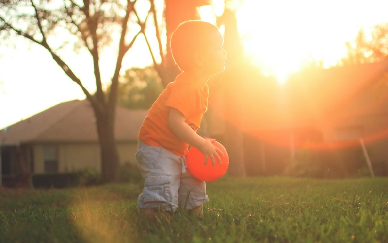 The Best Ways To Protect Your Baby From Bugs This Summer