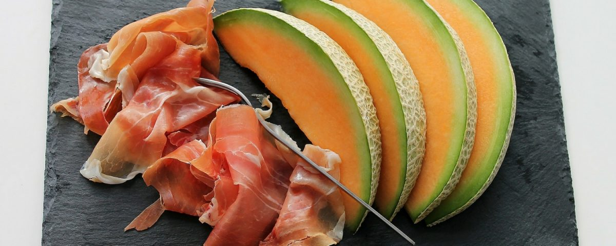 Foods That Are Safe To Eat While Pregnant (And Foods To Avoid)