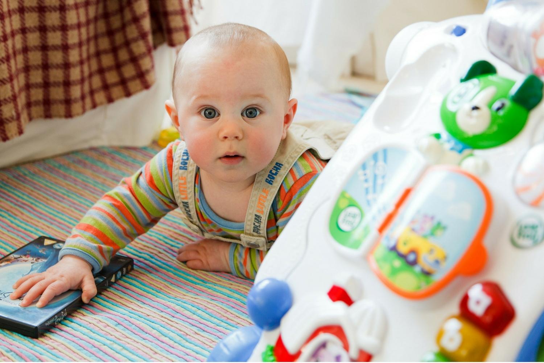 5 Homemade Sensory Play Activities For Babies