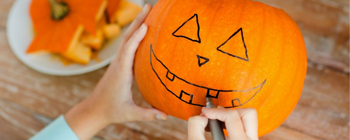 15 Tips For Pumpkin Carving With Kids